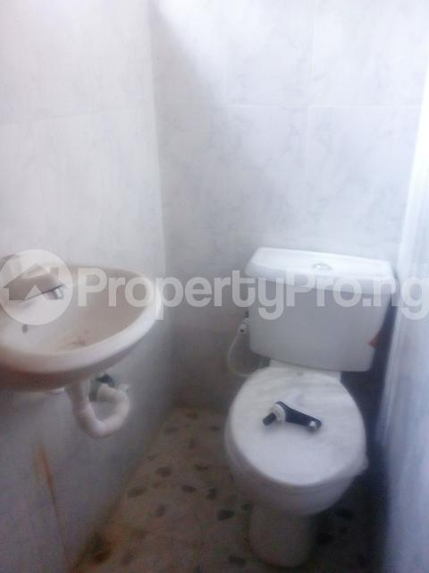 2 bedroom Flat / Apartment for rent thomas animashaun street off brown. Aguda Surulere Lagos - 9