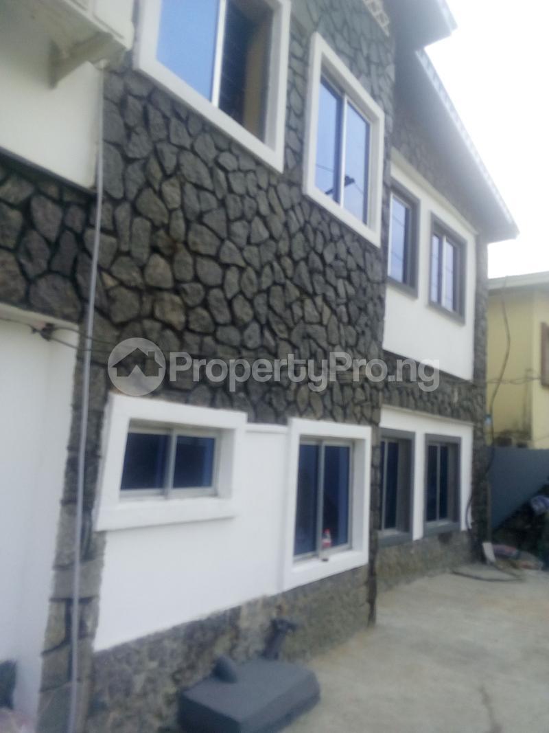 2 bedroom Flat / Apartment for rent adisa bashau street off  Adelabu Surulere Lagos - 0