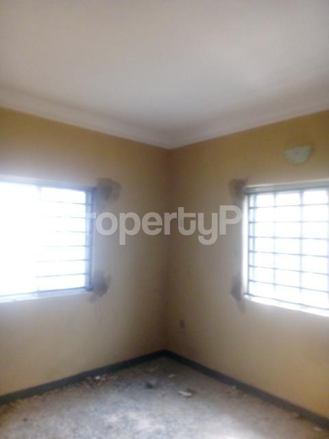 2 bedroom Flat / Apartment for rent adisa bashau street off  Adelabu Surulere Lagos - 2