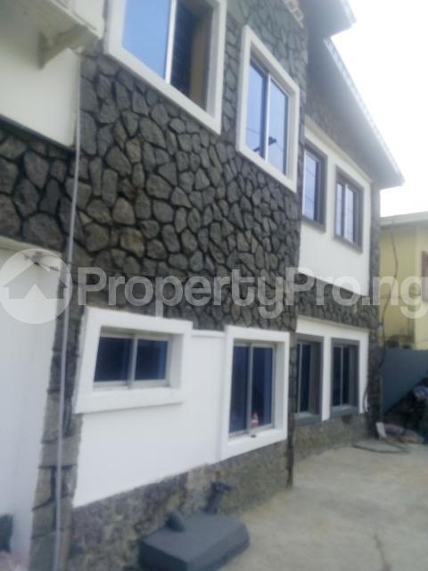 2 bedroom Flat / Apartment for rent adisa bashau street off  Adelabu Surulere Lagos - 8