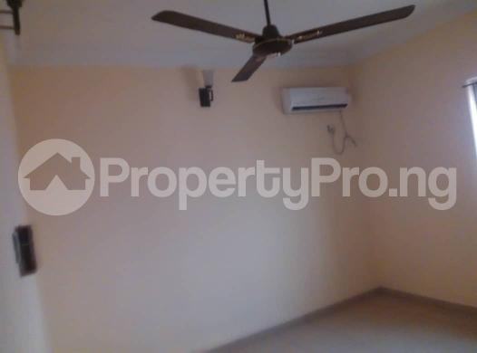 Flat / Apartment for rent off ishaga road,luth idi- Araba Surulere Lagos - 2