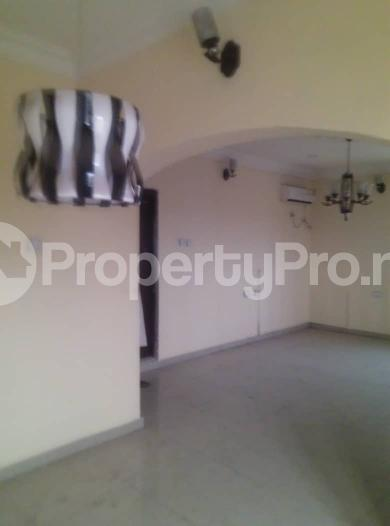Flat / Apartment for rent off ishaga road,luth idi- Araba Surulere Lagos - 11