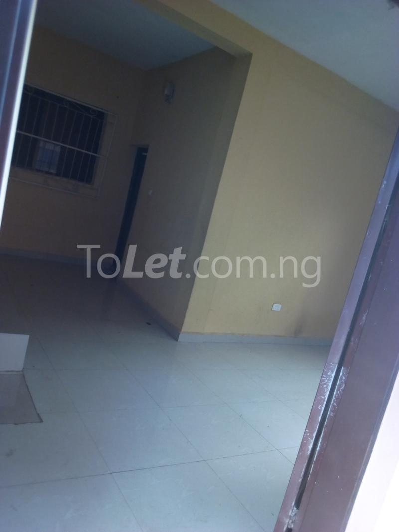 2 bedroom Mini flat Flat / Apartment for rent Ade-Ojo Estate, Old-Ife Road Ibadan north west Ibadan Oyo - 5