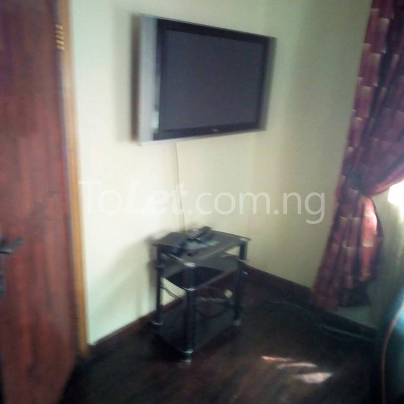 2 bedroom Flat / Apartment for rent Golf Club  Adamasingba Ibadan Oyo - 1