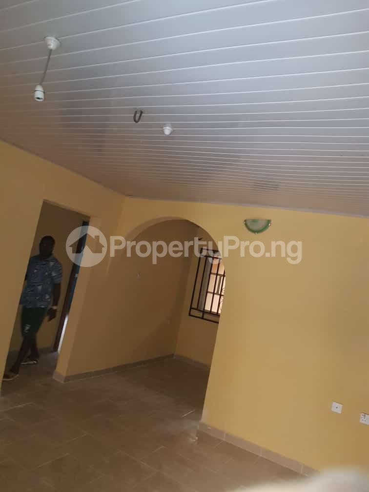 2 bedroom Flat / Apartment for rent idi-oya area off  Akala Express Ibadan Oyo - 0