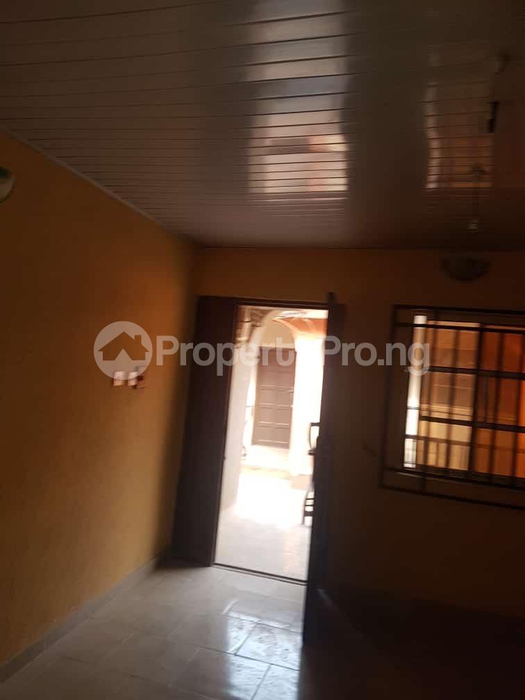 2 bedroom Flat / Apartment for rent idi-oya area off  Akala Express Ibadan Oyo - 1