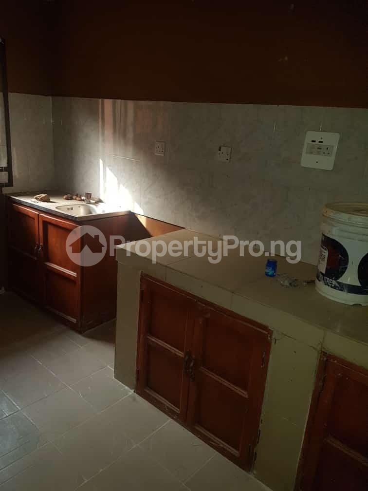 2 bedroom Flat / Apartment for rent idi-oya area off  Akala Express Ibadan Oyo - 3