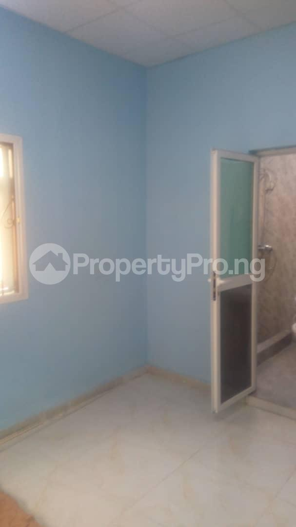 2 bedroom Flat / Apartment for rent zionist estate off  Akala Express Ibadan Oyo - 3