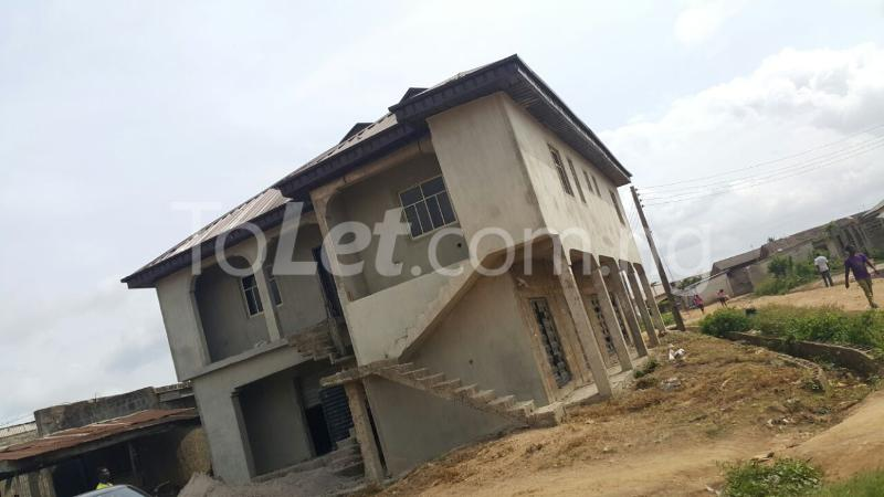 3 bedroom House for sale iyana iyesi ota Ogun state close to winners church Sangotedo Lagos - 2