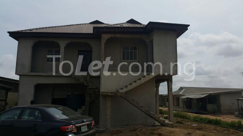 3 bedroom House for sale iyana iyesi ota Ogun state close to winners church Sangotedo Lagos - 3