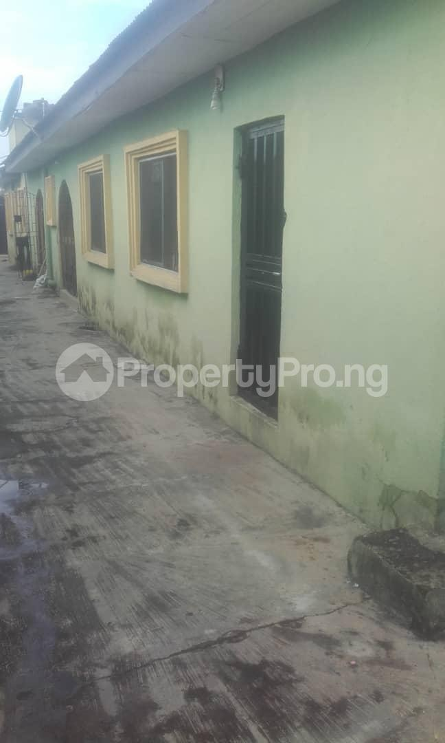 3 bedroom Blocks of Flats House for sale second gate fish farm estate Ikorodu Ikorodu Lagos - 3