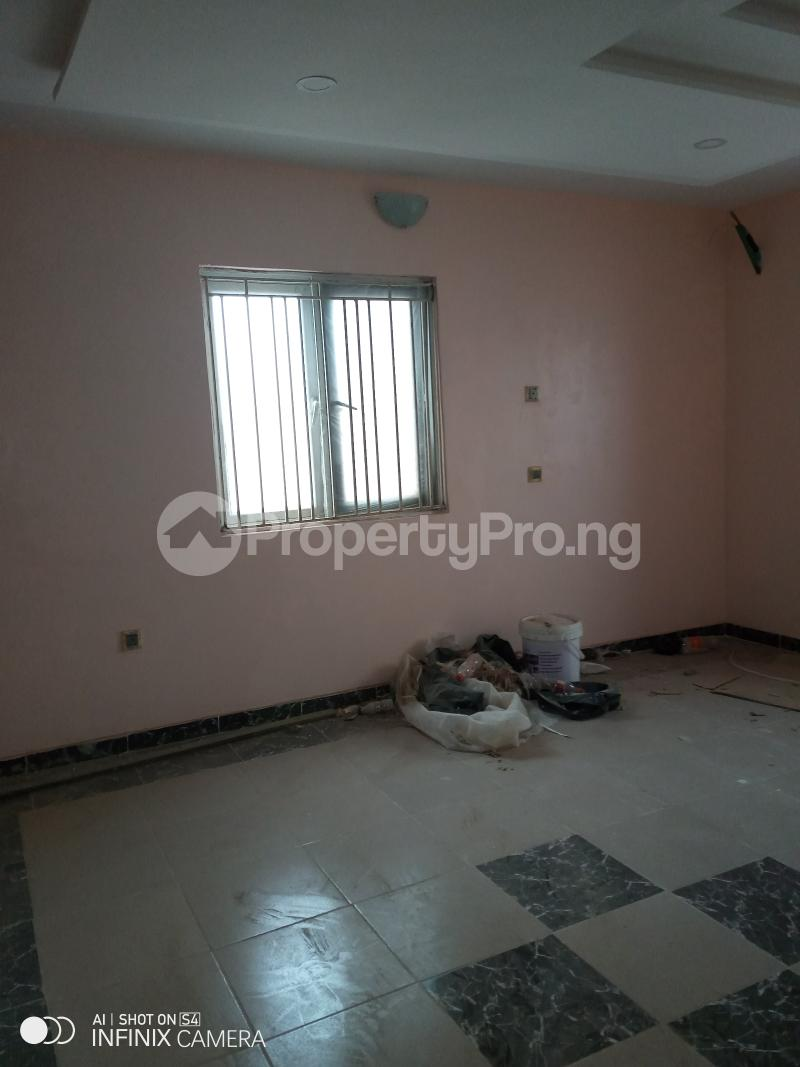 2 bedroom Blocks of Flats House for rent Odulami street of college road ogba. Aguda(Ogba) Ogba Lagos - 7