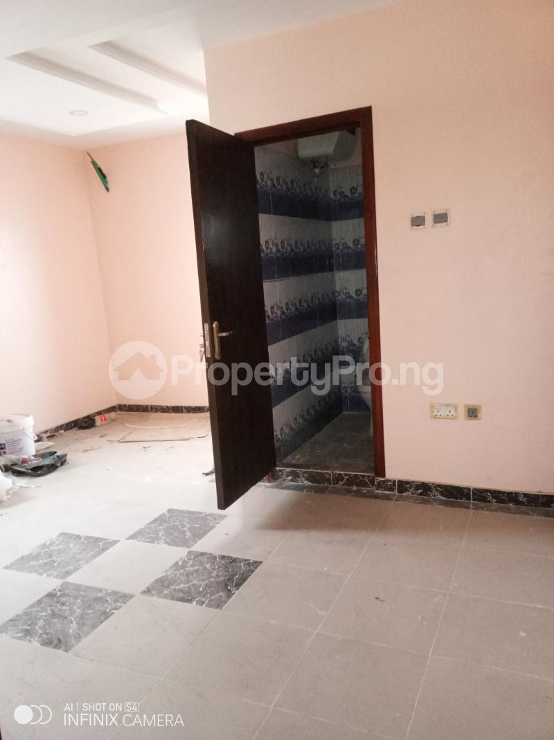 2 bedroom Blocks of Flats House for rent Odulami street of college road ogba. Aguda(Ogba) Ogba Lagos - 4