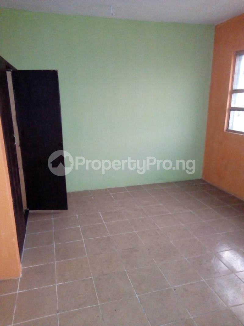 3 bedroom Blocks of Flats House for rent Aina Street  Shomolu Shomolu Lagos - 1