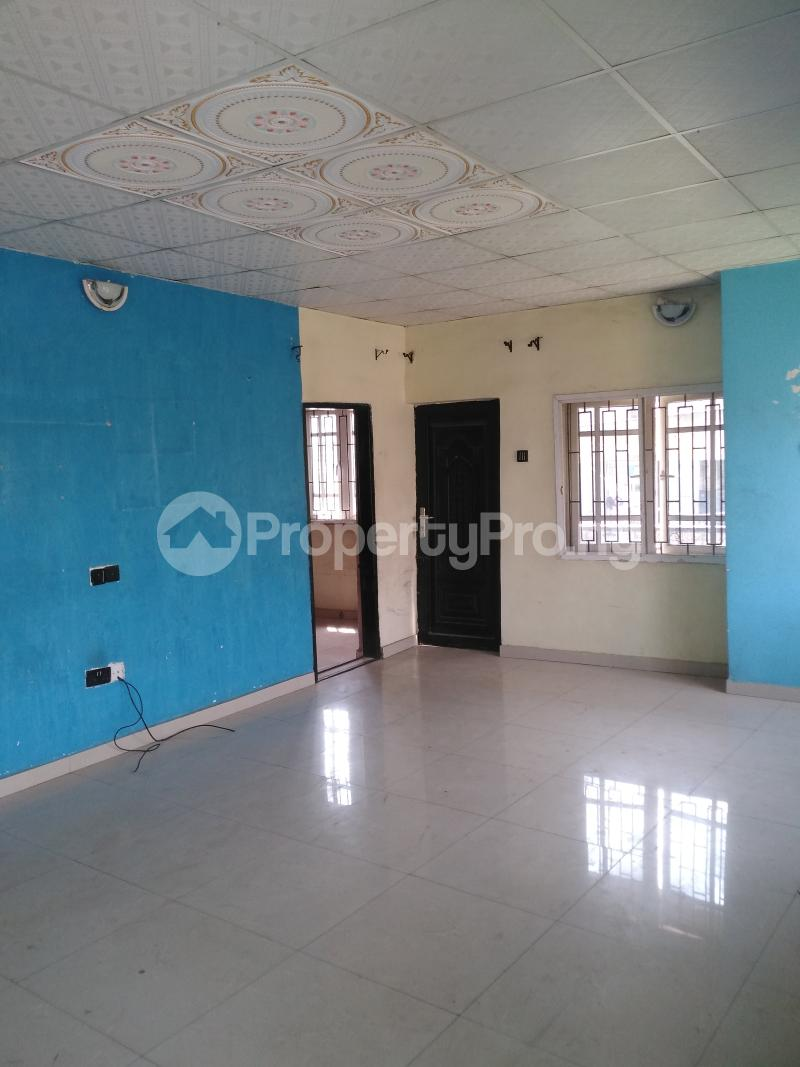 3 bedroom Shared Apartment Flat / Apartment for rent Mende, Maryland. Mende Maryland Lagos - 0