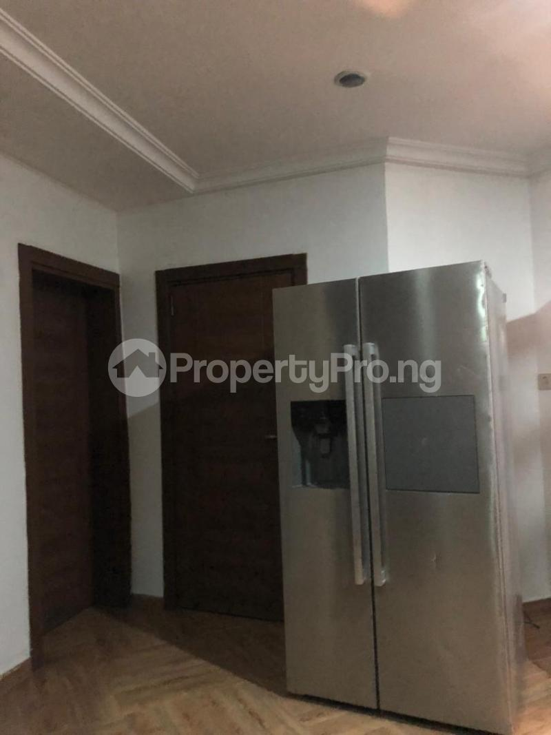 3 bedroom Shared Apartment Flat / Apartment for shortlet . ONIRU Victoria Island Lagos - 0