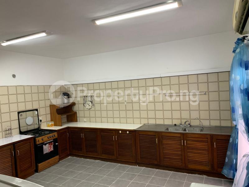 3 bedroom Flat / Apartment for shortlet Idejo Adeola Odeku Victoria Island Lagos - 4