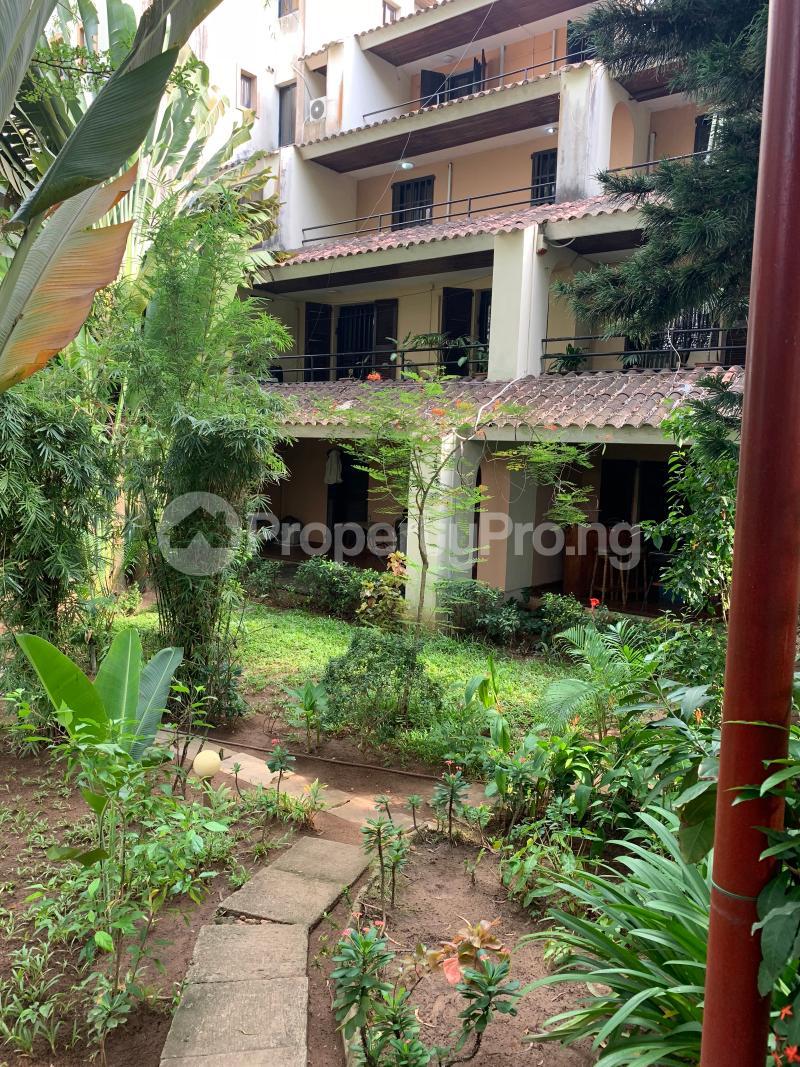 3 bedroom Flat / Apartment for shortlet Idejo Adeola Odeku Victoria Island Lagos - 0