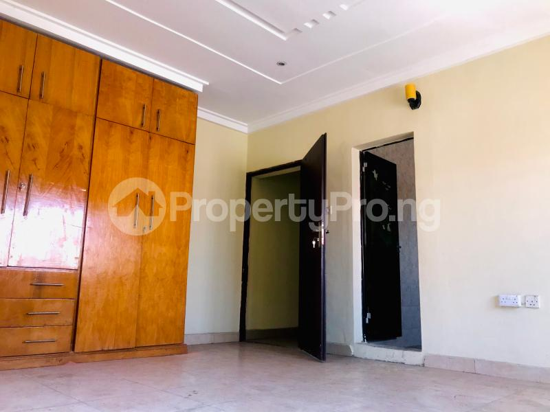 3 bedroom Flat / Apartment for rent Lekki Lekki Phase 1 Lekki Lagos - 3