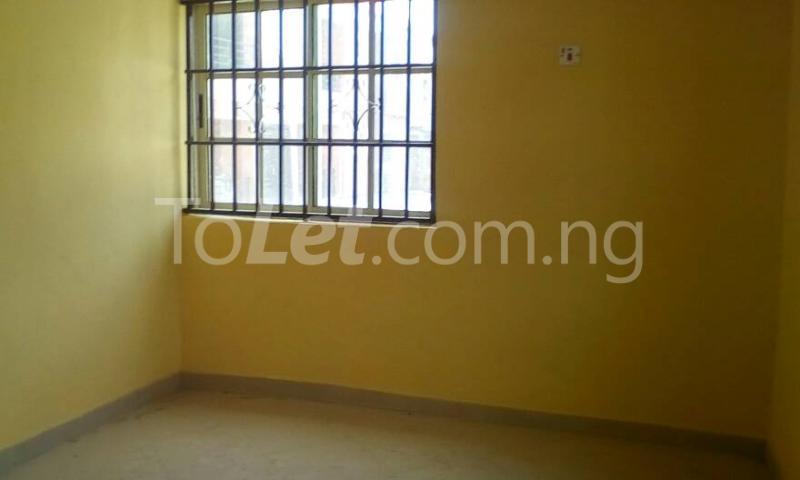 3 bedroom Flat / Apartment for rent Oloruntedo estate, elebu area. Akala Express Ibadan Oyo - 5