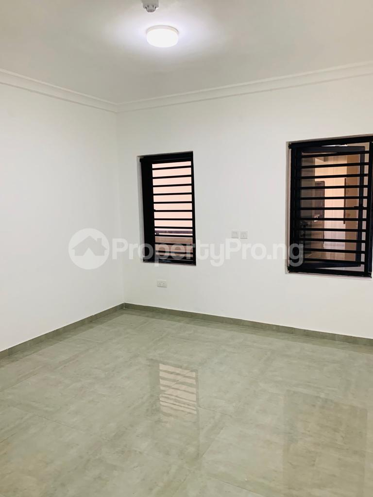 3 bedroom Flat / Apartment for rent Osapa london Lekki Lagos - 4