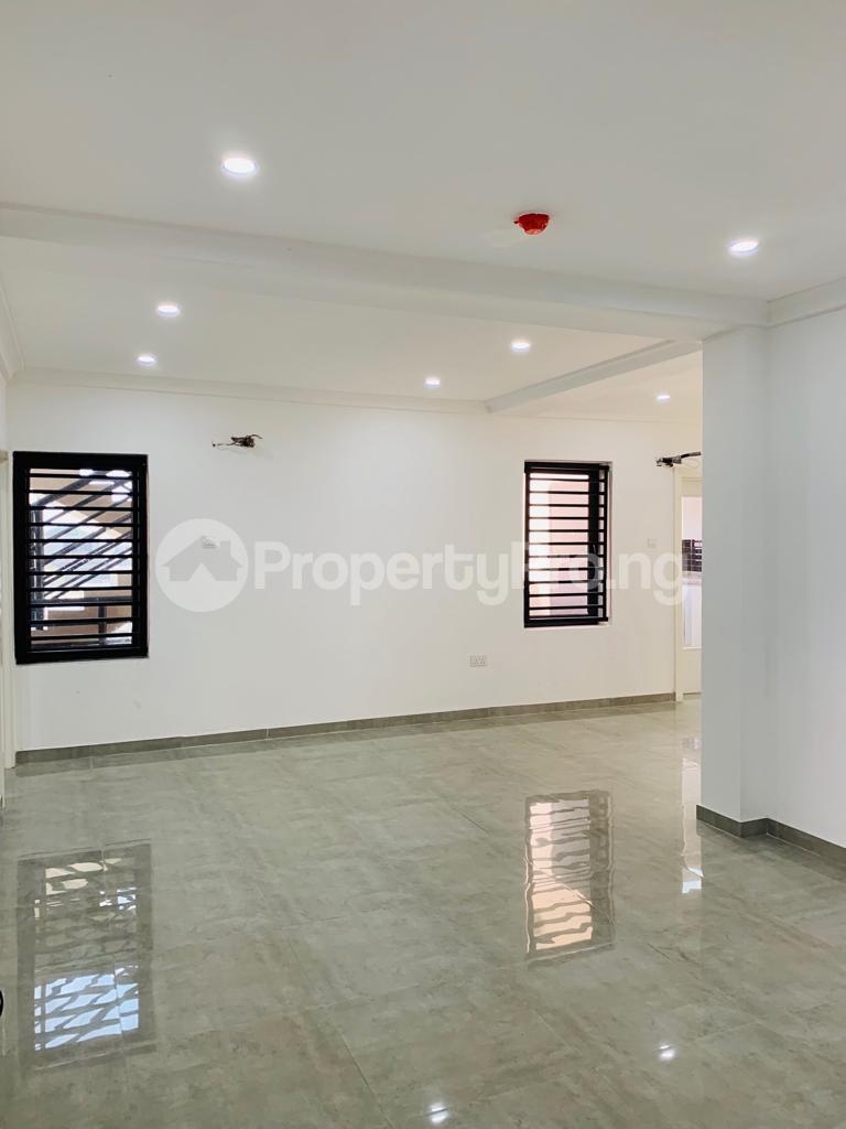 3 bedroom Flat / Apartment for rent Osapa london Lekki Lagos - 0