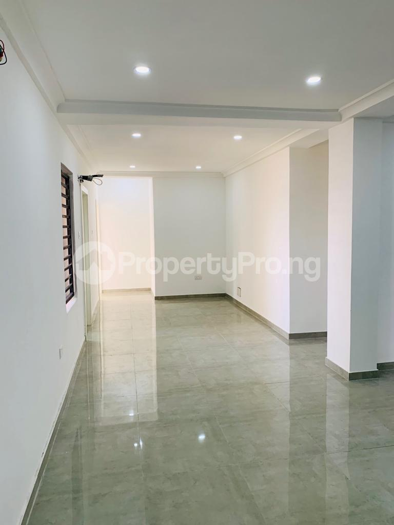3 bedroom Flat / Apartment for rent Osapa london Lekki Lagos - 13