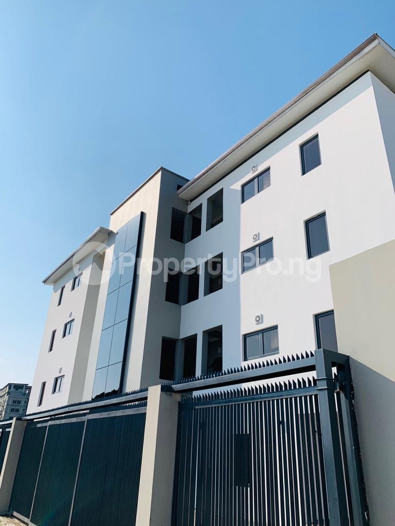 3 bedroom Flat / Apartment for rent Osapa london Lekki Lagos - 12