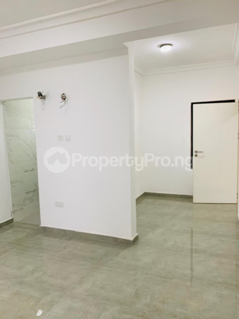 3 bedroom Flat / Apartment for rent Osapa london Lekki Lagos - 1