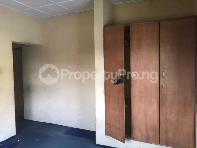 3 bedroom Flat / Apartment for rent Off Pedro road Shomolu Lagos - 2