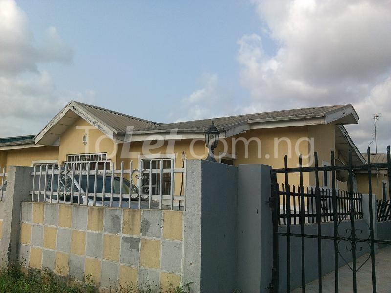 3 bedroom House for sale Diamond Estate Iyana Ipaja Ipaja Lagos - 5
