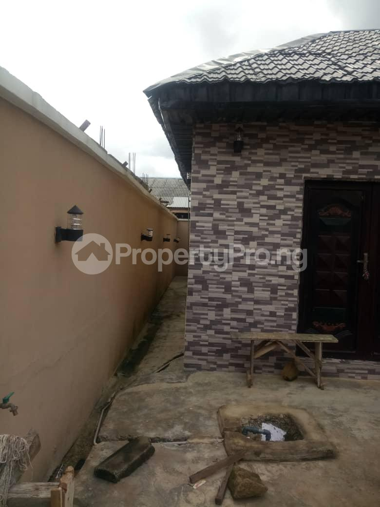 3 bedroom Detached Bungalow House for sale magboro Magboro Obafemi Owode Ogun - 7