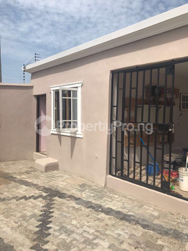 3 bedroom Semi Detached Bungalow House for sale Odogunyan Odongunyan Ikorodu Lagos - 7