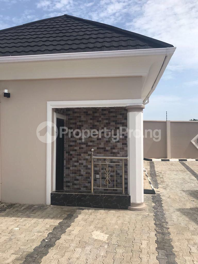 3 bedroom Semi Detached Bungalow House for sale Odogunyan Odongunyan Ikorodu Lagos - 3