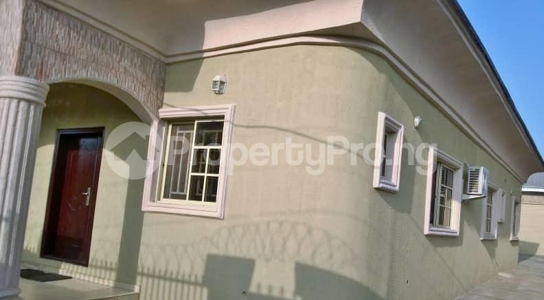 3 bedroom Detached Bungalow House for sale  aho estate Ajibode area ibadan.  Akinyele Oyo - 0