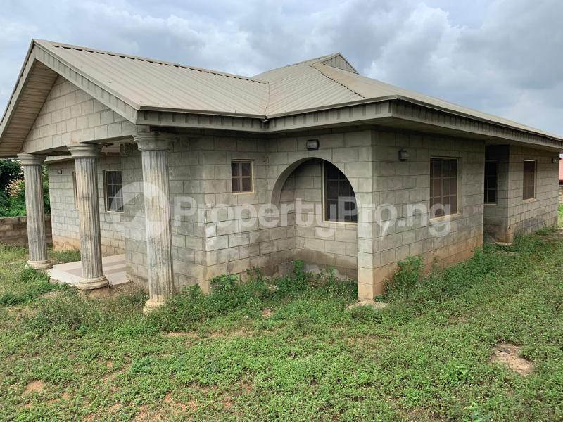 3 bedroom Detached Bungalow House for sale Moniya Ibadan Oyo - 4