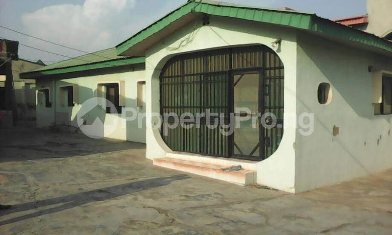 3 bedroom Detached Bungalow House for sale remikoya estate oluyole ibadan Ibadan Oyo - 0