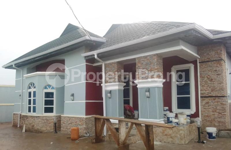 3 bedroom Terraced Bungalow House for sale  behind ojoo army barrack ibadan Akinyele Oyo - 0