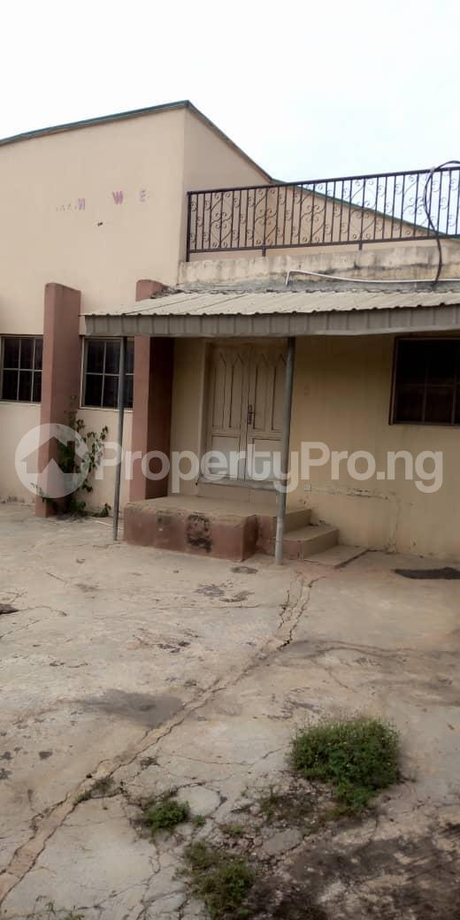 4 bedroom Terraced Bungalow House for sale  behind taas College jiboye area omi Adio ibadan Ido Oyo - 3