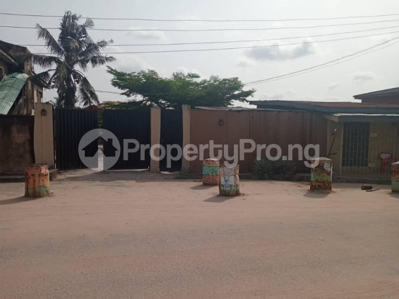3 bedroom Detached Bungalow House for sale Agboyi estate road; Alapere Kosofe/Ikosi Lagos - 12