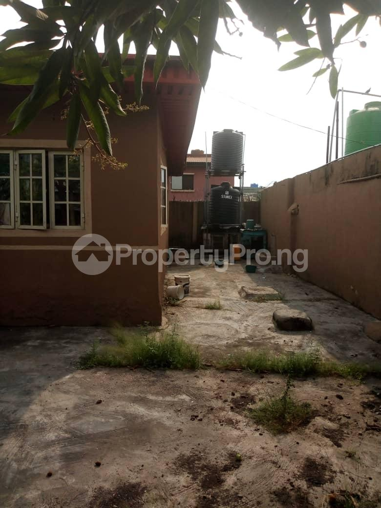 3 bedroom Detached Bungalow House for sale Agboyi estate road; Alapere Kosofe/Ikosi Lagos - 1