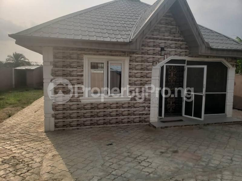3 bedroom Detached Bungalow House for sale magboro Magboro Obafemi Owode Ogun - 2