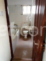 3 bedroom Office Space Commercial Property for rent otedola area Omole phase 2 Ojodu Lagos - 10