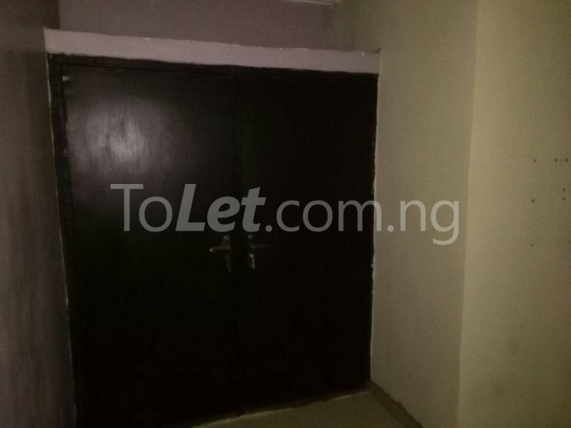 1 bedroom mini flat  House for rent along Oduduwa crescent Ikeja GRA Ikeja Lagos - 6