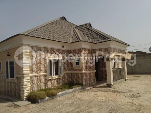 3 bedroom Detached Bungalow House for sale Shagari Village   Akure Ondo - 6