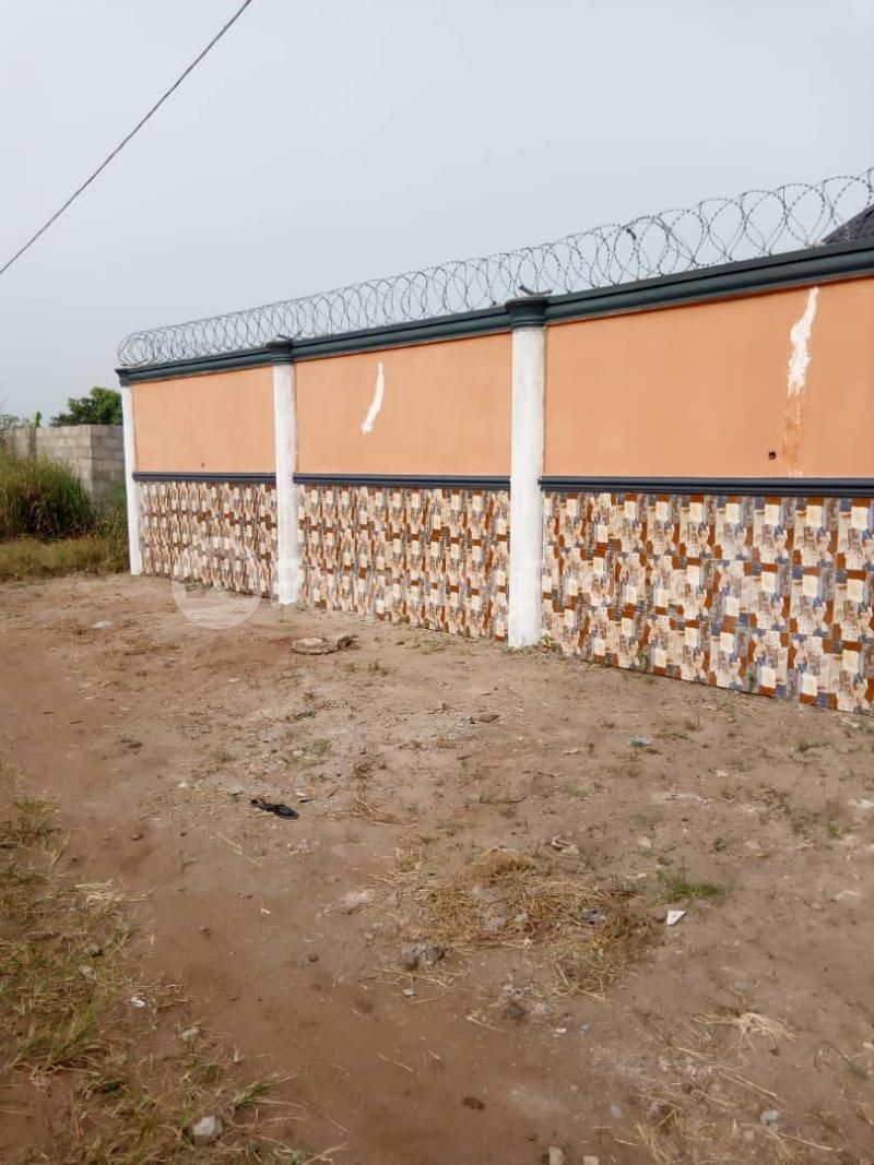 3 bedroom Detached Bungalow House for sale Along Overcomers, Avu Owerri Imo - 8