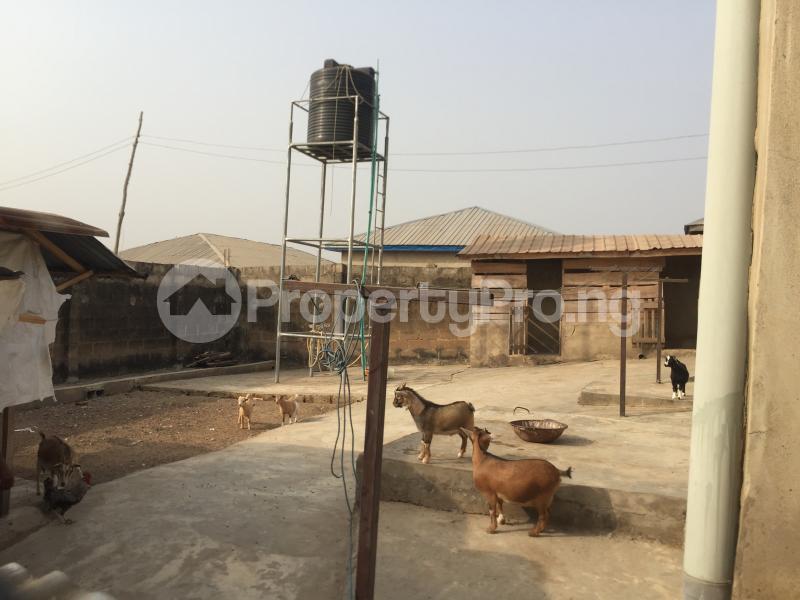 3 bedroom Detached Bungalow House for sale Olodo Garage, Iwo Road, Ibadan. Iwo Rd Ibadan Oyo - 3