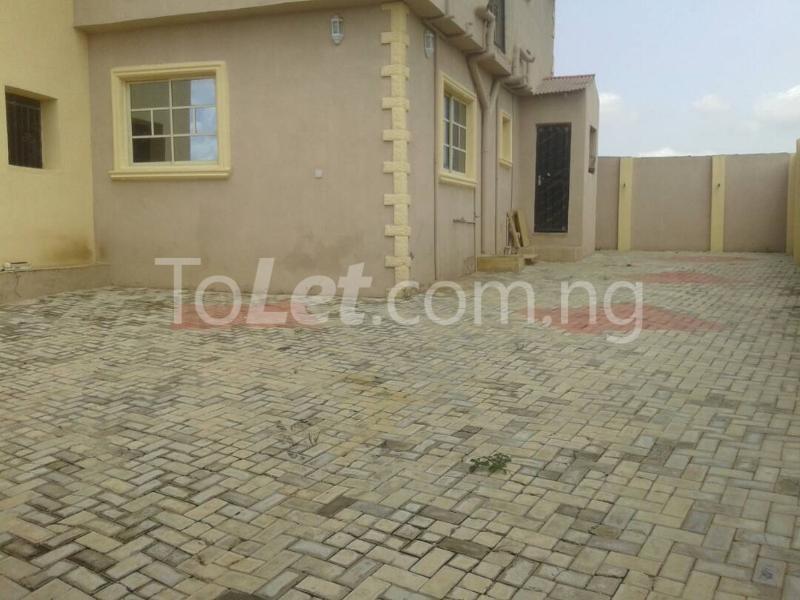 3 bedroom House for sale Akala way Oyo - 0