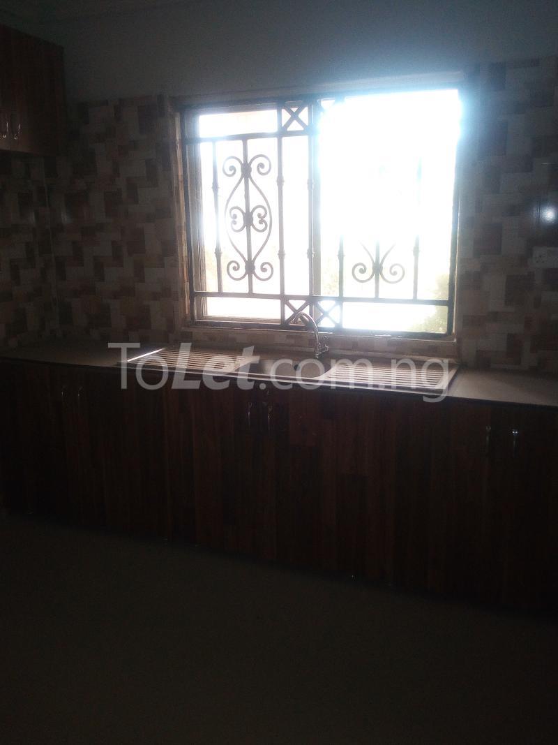 3 bedroom House for rent Main Jericho  Ibadan Oyo - 2