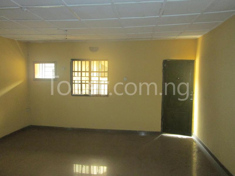 3 bedroom Flat / Apartment for rent Majek, Majek Sangotedo Lagos - 6